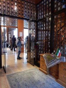 イラン,大使公邸,ペルシャじゅうたん,AAハラール,VENUS8,オリーブオイル,ポプソ,アーシェレシュテ,ゼリーフラワー,