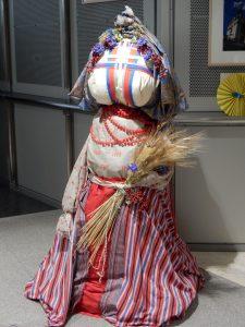 """ウクライナの伝統人形""""モタンガ"""""""