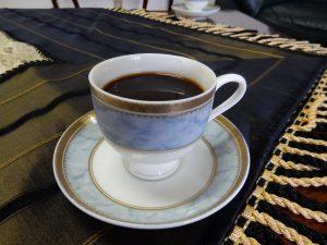 シリア大使館,シリア,ワリフ大使,シリア大使,館内,アラビアコーヒー,パルミラ,ダマスカス,アルファベット,アレッポ,アレッポ城,