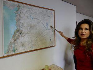 シリア大使館,シリア,ワリフ大使,シリア大使,館内,アラビアコーヒー,パルミラ,ダマスカス,アルファベット,アレッポ,アレッポ城,マアルーラ